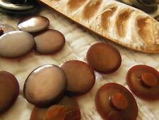 lot 12 boutons vintage marron lisse à pied diamètre: 1,7 cm ref 1734