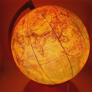 Political world globe lamp light Made in Hungary 1983 Vintage diameter 10 inch