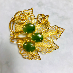 Vintage Westland Zew Zealand Brooch Pin in Original Box Jade + Gold Plated Leaf