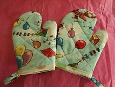 Children's WINNIE the POOH Oven Mitts, Handmade,Quilted,Lined,100% Cotton