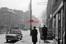 PHOTO  LONDON 1962 SOUTHWARD ON EVERSHOLT ST AT DRUMMOND ST BY EUSTON STATION