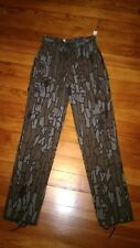 Cabelas Pants Camo Denim Trebark Size 18 slim Measured inseam  42