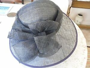 Dark blue/black occasion straw hat with bow detail