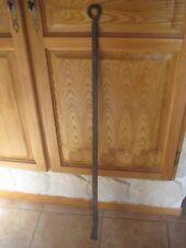 Ancienne Barre forgée de 107 cm de long  Accessoire de cheminée ?