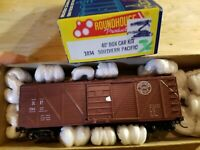 HO Scale TRAIN ROUNDHOUSE SP SOUTHERN PACIFIC 29637 KADEES BOx Brown