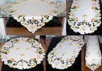 TISCHDECKE Tischläufer Deckchen creme Blüten GRÜN gelb gestickt Frühling SOMMER
