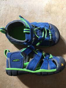 Keen Kindersandalen Blau Grün Gr.: 22 Sandalen mit Klettverschluss