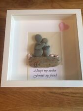 Pebble art picture Mother And Daughter