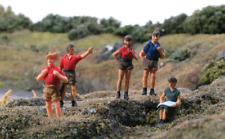 Modelscene 5122 Hikers OO Gauge