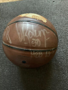 2003 NBA Finals Team Signed Basketball 6x Auto San Antonio Spurs David Robinson+