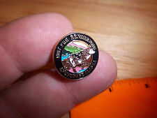 Anchorage Alaska Fur Rondy Rendezvous 1987 metal smaller Lapel pin, WOLF