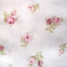 0,5 m Stoff Baumwolle ♥  GOTS ♥  Rosen  ♥ Rosenknospen weiß