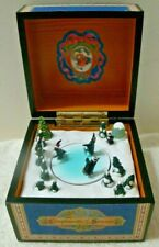 Mr.Christmas Compliments of The Season PENGUIN Animated & Illuminated Music Box