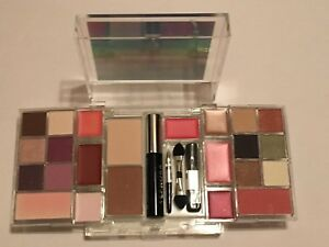 Sephora BEAUTY FEVER PALETTE W/ EYE SHADOWS, BLUSH, BRONZER, EYE SHADOW RARE
