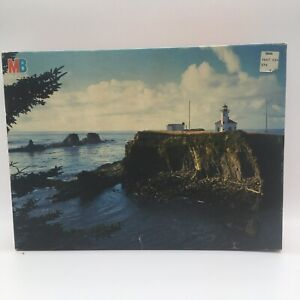 """Vintage MB Best Of America 2000 Piece Jigsaw Puzzle Coos Bay Oregon 36"""" X 26"""""""