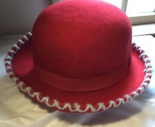 """VINTAGE! PLATANIA RED """"BOWLER"""" TYPE HAT 100% WOOL GRAY TRIM MADE IN ITALY"""