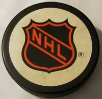 NATIONAL HOCKEY LEAGUE NHL TRENCH MFG. VEGUM SLOVAKIA OLD STYLE HOCKEY PUCK