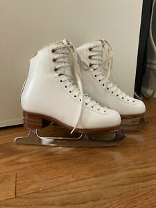 Jackson Freestyle Skates size 3B WITH 8 1/2 inch BLADES good condition