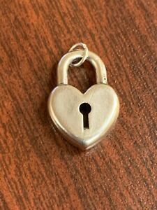 JAMES AVERY RETIRED STERLING SILVER Large HEART LOCK CHARM Or Pendant