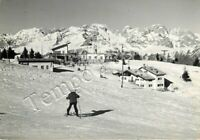 Cartolina di Baselga del Bondone, sciatore e rifugio - Trento