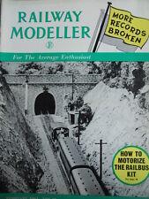 Railway Modeller 2 1961 How to motorize the Railbus Kit