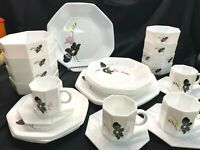 Arcopal France Anais White Floral Dinnerware Set of 26! Excellent! RARE