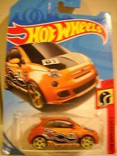 HOT WHEELS FIAT 500 CAR ON CARD