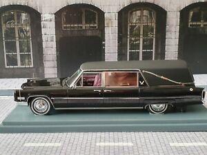 NEO SCALE MODELS 1/43 - CADILLAC S&S HEARSE 1966 - CARRO FUNEBRE - FUNERAL CAR