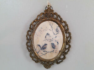 Wall Hanging Birds Picture Victorian Style Frame Decor
