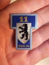 Insigne émaillée Drago G 1359 - 11° Régiment de Transmissions Berlin
