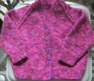 """Hand Knitted Baby Cardi -  LILAC / FUSCHIA mix, 22"""" chest, V Neck  **NEW**"""