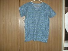 ladies size (M) handmade short sleeve multi-color tiny shapesl scrub top