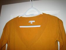 GAP COTTON SWEATER YELLOW LONG SLEEVES V-NECK SIZE SMALL
