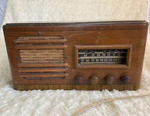 Vintage MOTOROLA Wood Case Radio For Parts Or Repair 61121