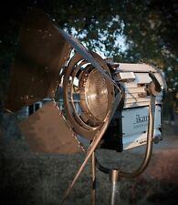 ikan 2000-Watt Tungsten Fresnel Light