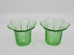 "2 VNTG DECORATIVE GREEN GLASS TEA LIGHT FLOWER SHAPED CANDLE HOLDER 3.5"" tall"