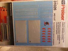 1/87 Preiser Überdrucklüfter Feuerlöscher Leitern + Riffelblechplatten 31026