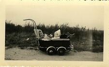 PHOTO ANCIENNE - VINTAGE SNAPSHOT - ENFANT LANDAU LUTIN DRÔLE - BABY CARRIAGE