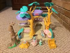 Fisher Price Hideaway Hollow Rabbit Bunnies Treehouse With Figures Accessories