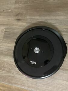 iRobot Roomba E5 (5150) Robot Vacuum- preowned works just circles
