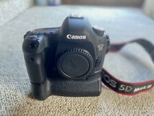 EUC ! Canon EOS Mark III 5D Camera Body, Case and Battery Pack