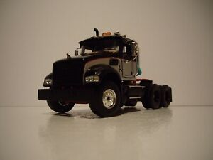 FIRST GEAR 1/50 BLACK, SILVER MACK GRANITE DAYCAB SAME SCALE AS DIECAST MASTERS