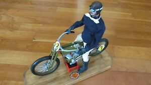 1917 HARLEY DAVIDSON V twin board track racer motorcycle and rider deluxe 1:6