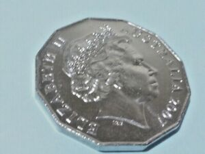 """2007 AUSTRALIA  50 CENT COIN ( UNCIRCULATED ) FROM A COIN ROLL """" SCARCE """""""