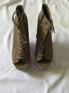 Size 7 Platform/Wedge Heels Brown Sandals Lace Up Open Toe Shoes Steve Madden