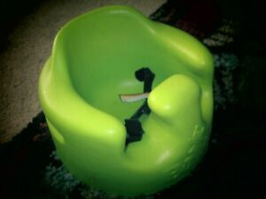 BUMBO BABY FLOOR SEAT WITH SAFETY BELT STRAPS RESTRAINTS Lime Green!