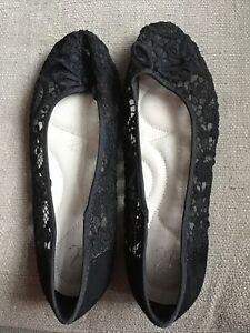 Ladies Arcadia Pumps. Black. Size 7EEE