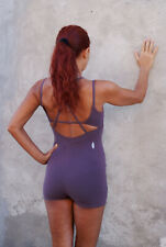 Tuta Yoga Donna Danza Tuta Corta Viola FREE PEOPLE Plum Yoga Mudra Romper Tg XS
