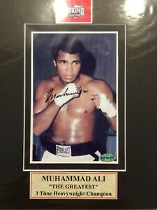 CHRISTMAS SPECIAL Muhammad Ali Autograph 4x6 matted to 8x10 Color Photo w/coa