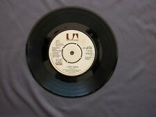 """SG 7"""" 45 rpm 1976 ELECTRIC LIGHT ORCHESTRA - LIVIN' THING / FIRE ON HIGH"""